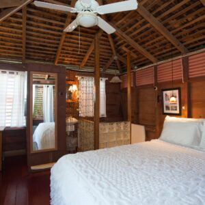 Cottage with Queensize Bed