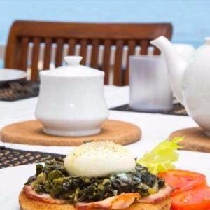 breakfast-on-the-veranda