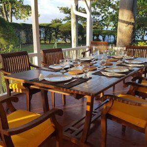 Table-outside-1